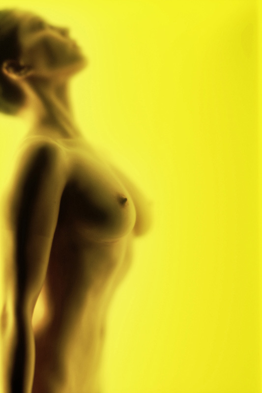blurred-woman-wel-1
